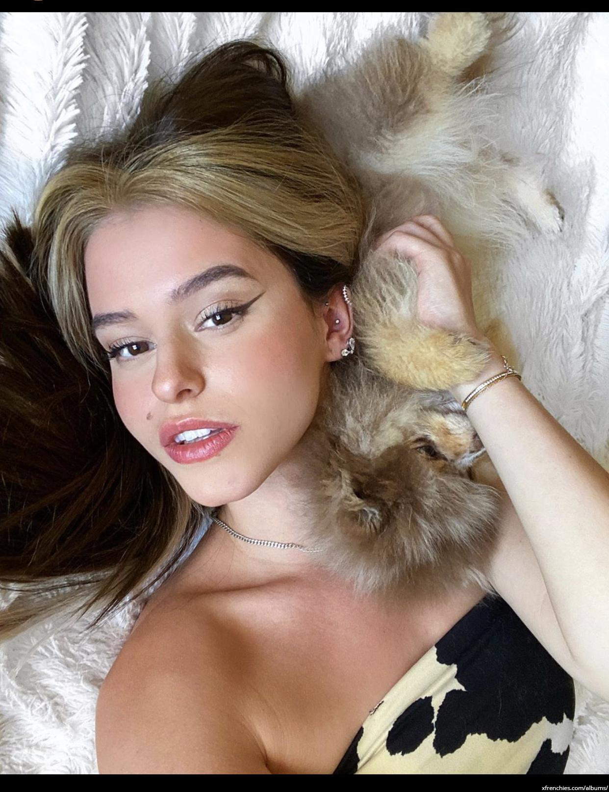 Léa Elui photos sexy instagram n°85