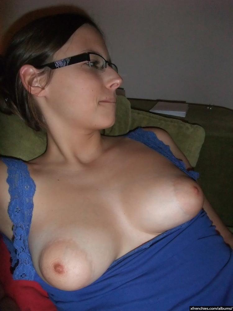 Ma Femme Nue, j'adore prendre des photos sexy d'elle n°0
