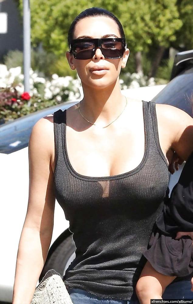 Photos sexy de Kim Kardashian en sous vêtements n°114