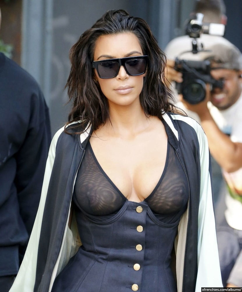 Photos sexy de Kim Kardashian en sous vêtements n°116
