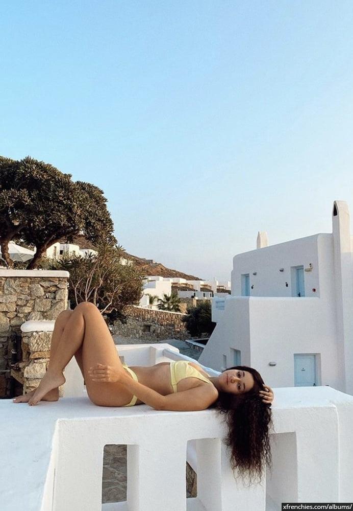 Photos sexy en lingerie de Lena Situation nue n°21