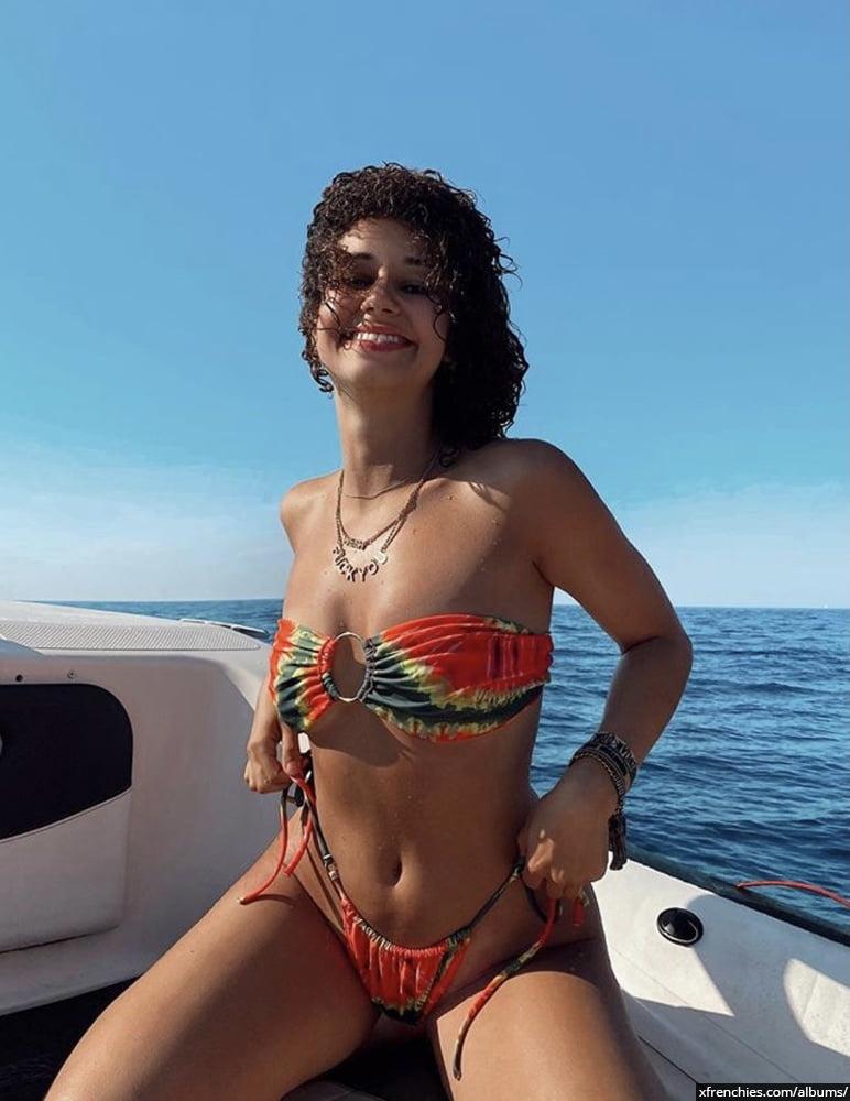 Photos sexy en lingerie de Lena Situation nue n°29