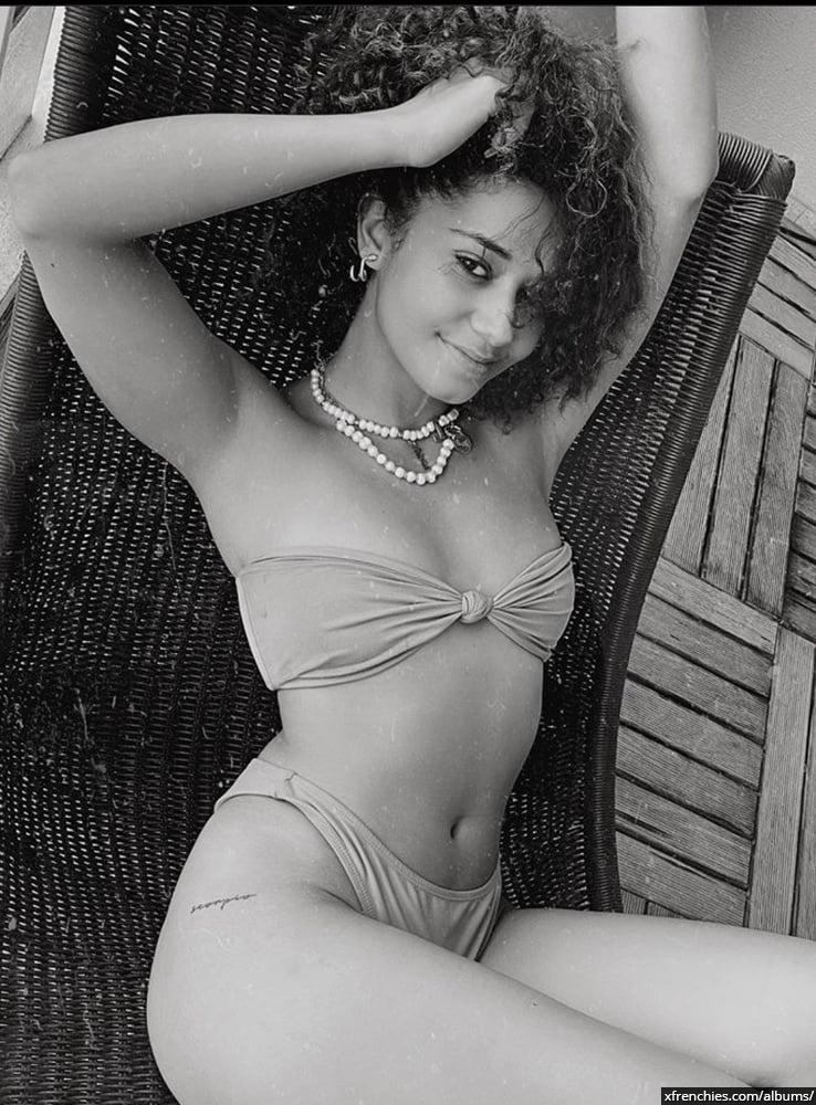 Photos sexy en lingerie de Lena Situation nue n°32