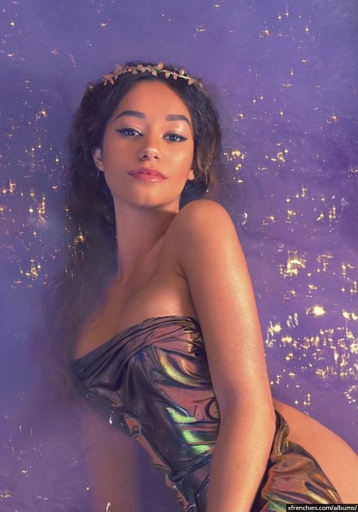 Photos sexy en lingerie de Lena Situation nue n°59