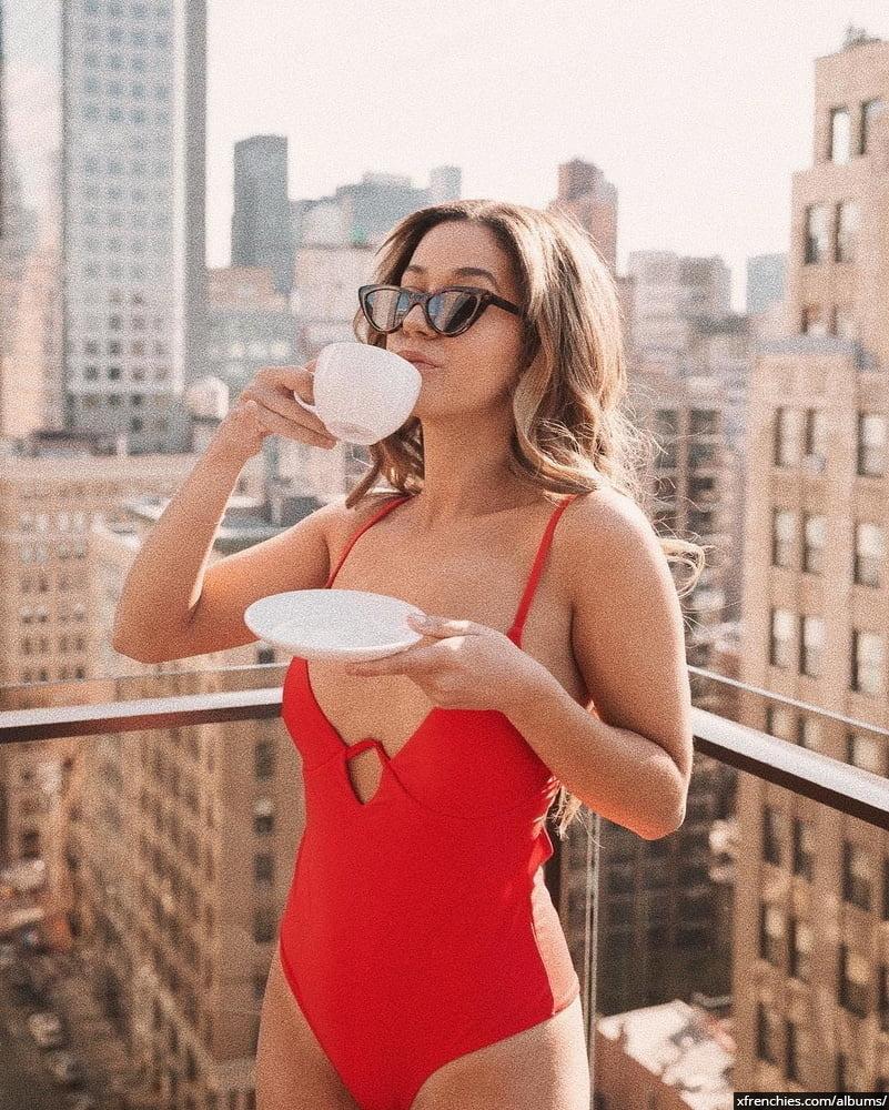 Photos sexy en lingerie de Lena Situation nue n°77