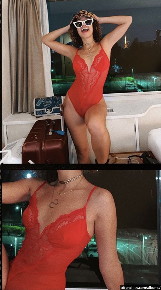 Photos sexy en lingerie de Lena Situation nue n°88