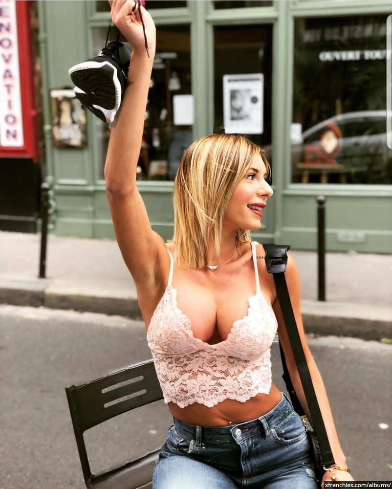 Sarah Lopez des anges, photos sexys en lingerie et sous-vêtements n°1