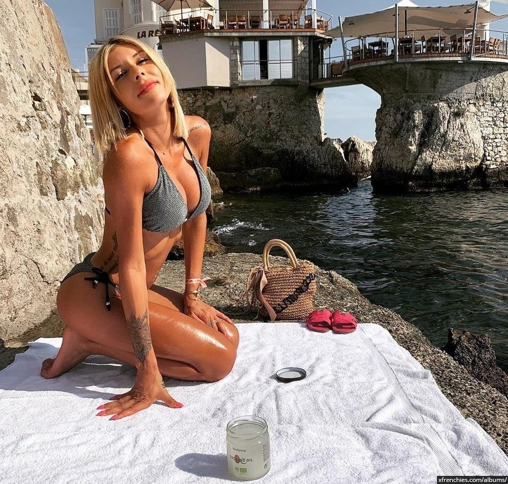 Sarah Lopez des anges, photos sexys en lingerie et sous-vêtements n°3