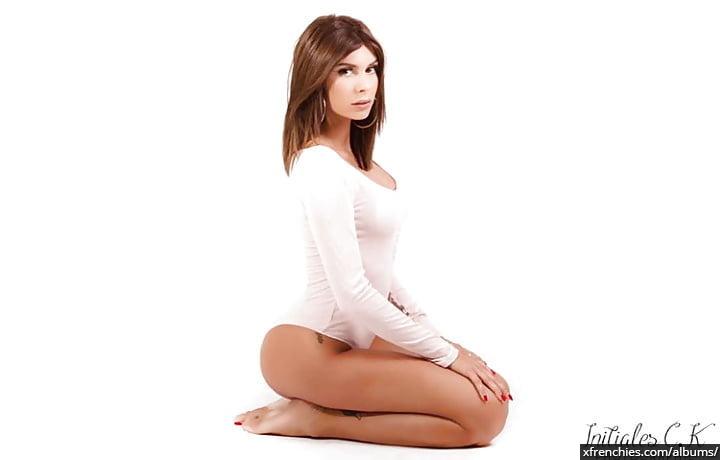 Sarah Lopez des anges, photos sexys en lingerie et sous-vêtements n°8