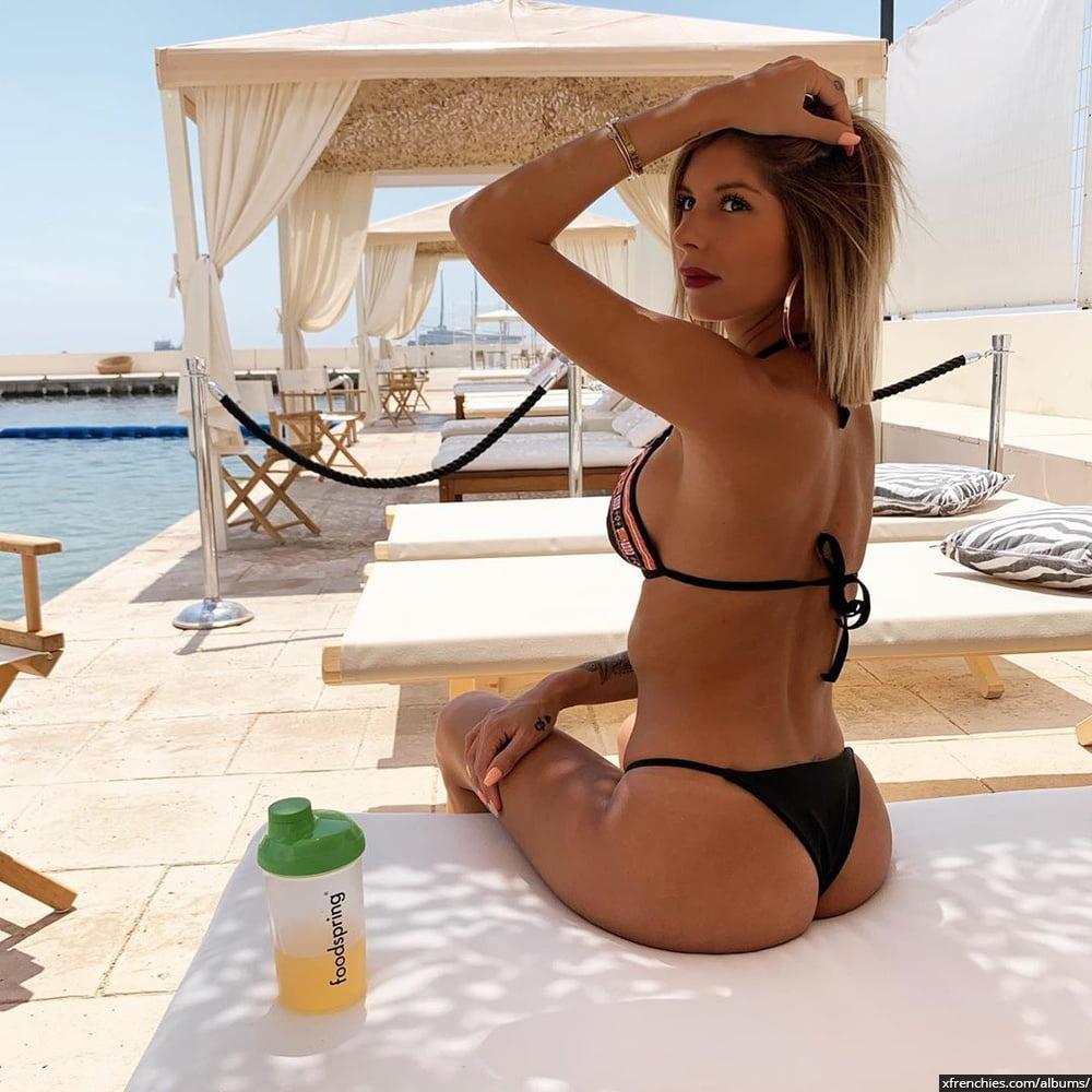 Sarah Lopez des anges, photos sexys en lingerie et sous-vêtements n°9