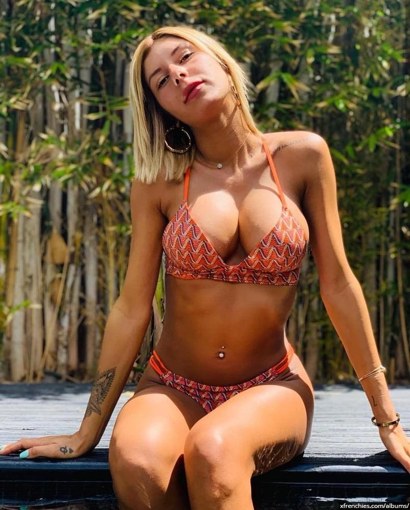 Sarah Lopez des anges, photos sexys en lingerie et sous-vêtements n°22