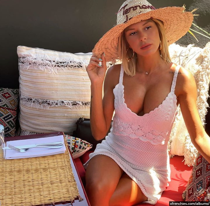 Sarah Lopez des anges, photos sexys en lingerie et sous-vêtements n°88