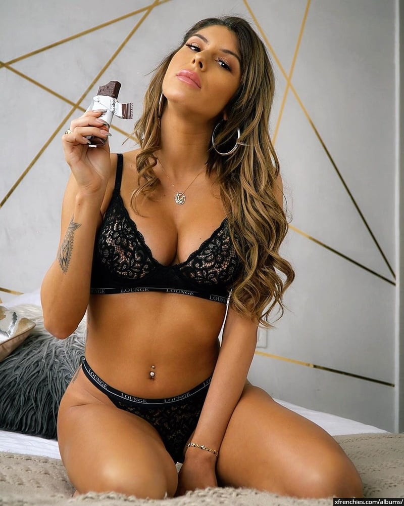 Sarah Lopez des anges, photos sexys en lingerie et sous-vêtements n°100